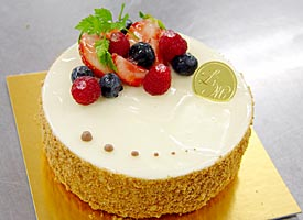 http://www.cakechef.info/special/chef_okamoto/dacquoise_pistache/recette3/images/06.jpg